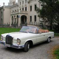 Mercedes - Schloss Reichenow 02